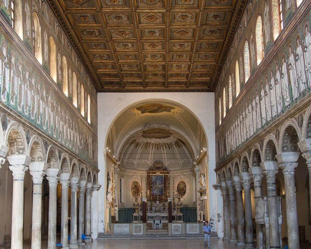 yeni-aziz-apollinare-bazilikasi
