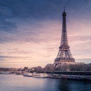 Bir günde Paris